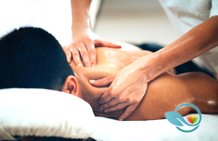 Looking-at-Top-10-Therapeutic-Sports-Massage-Benefits-for-Athletes